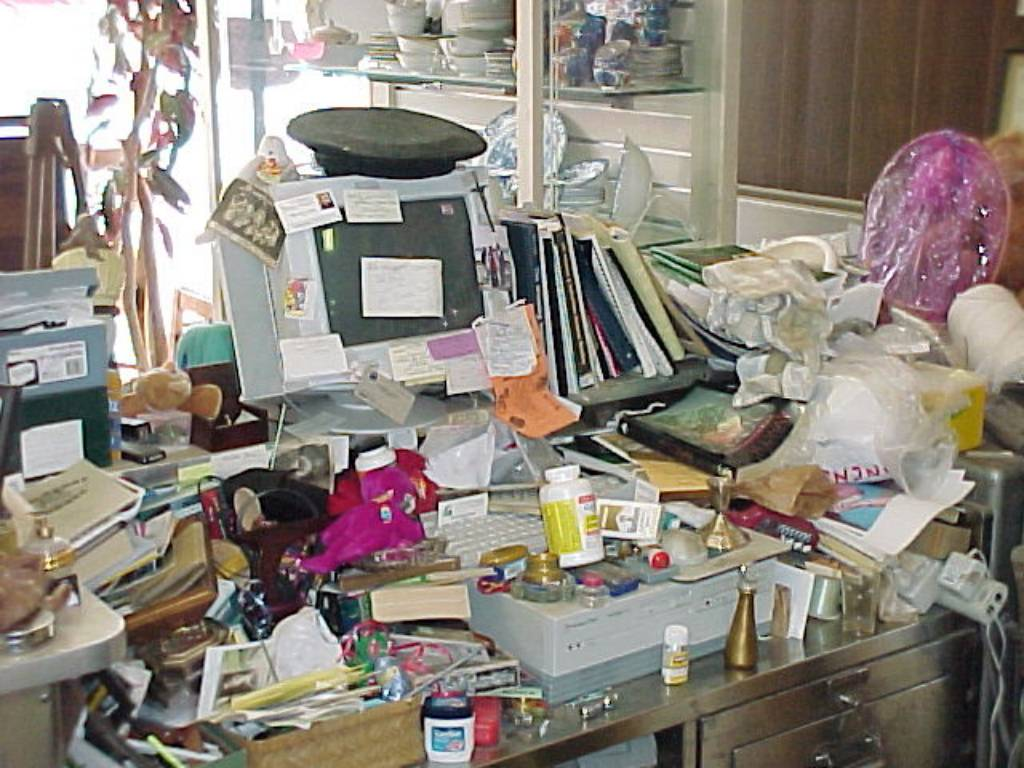 clutter cleanup Wisconsin | clutter cleanup Milwaukee | hoarding cleanup in Green Bay